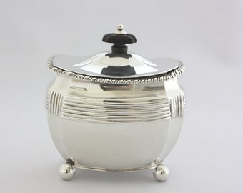Tea Caddy by Henry Stratford Sheff. 1909  7 ozs.