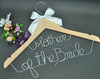 Custom name hanger,Unique wedding personalized name hanger,Wedding dress hanger, Bridal hanger,Bridesmaids gift, Wire name hanger