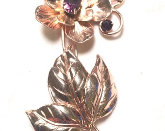 Vintage gold sterling silver flower brooch/ pin with three beautiful purple gem/ stone