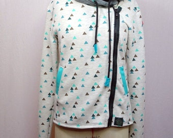 Hoody women beige ground green triangles