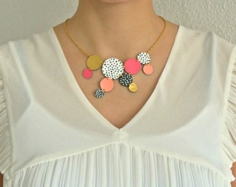 circles leather necklace, white and black polka dots
