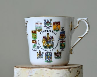 Vintage, Canada Tea cup, Paragon ,Canada Coats of Arms & Emblems , Ceramic Tea Cup,English Bone China