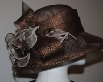 Elegant taupe/brown sinamay hat