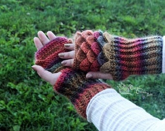 Dragon Scale Gloves, Mermaid Scales, Fingerless, Crocodile Stitch Gauntlets, Mittens, Texting Wristers, Hand Warmers