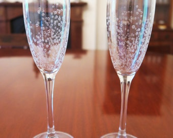 Engraved Champagne Flutes - Set of 2 | Bubbles