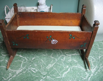 Vintage cradle rustic with addition of stencil 1940/50