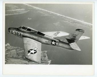 Republic F-84F Thunderstreak fighter-bomber in flight- vintage photo- military aviation- USAF aircraft