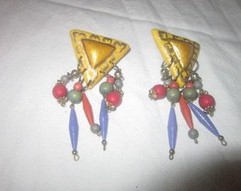 Vintage Retro Wild & Crazy Dangle Pierced Earrings