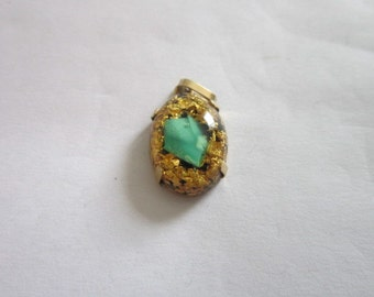 Vintage 10 K gold with Encased gold flake  Stone Necklace Pendant