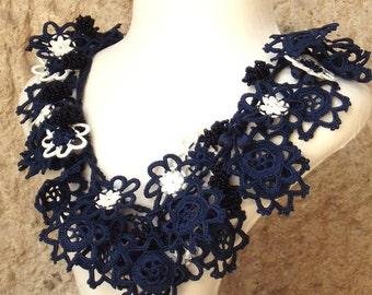 Turkish OYA Lace - Necklace - Bijou - Indigo & White