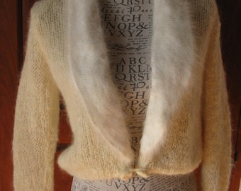 1950s Ivory Handknit Mohair Fluffy Cardigan S