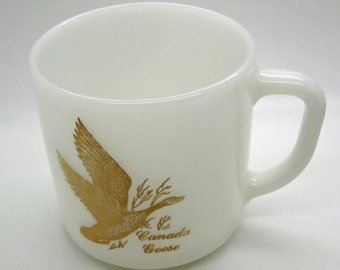Vintage Federal  Milk Glass Mug Coffee Tea Canada Goose Gold Gilt Lettering Souvenir Nature Bird D Handle