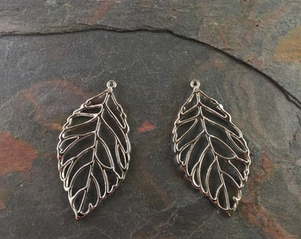 Silver Leaf Pendants (Pack of 5)