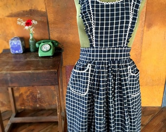 Womens Handmade Vintage Inspired Pinny Apron Black checks One Size Fits UK 6-8-10-12