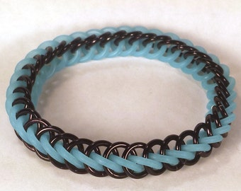 Black and Blue Glow-in-the-Dark Stretch Chainmaille Bracelet - Half Persian 3-1