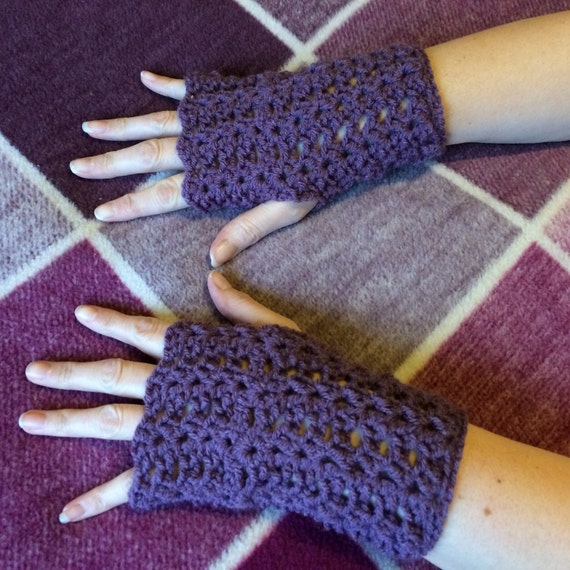 fingerless gloves DK chunky knit fashion accessories