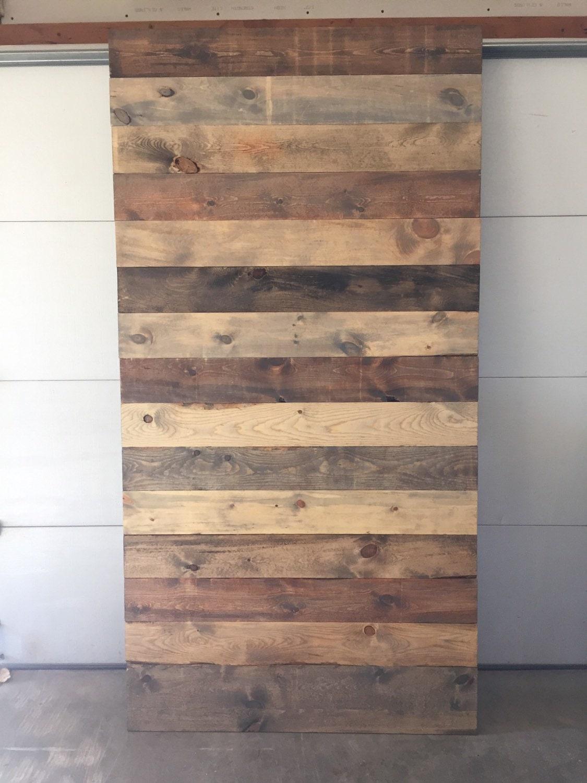 Porte de grange d cor de ferme bois de grange for Decoration porte de grange