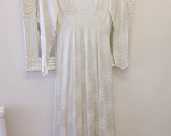 Emerson for Bourne & Hollingsworth London Ivory Brocade Wedding Dress Gown True Vintage 1940s 1950s Fit and Flare UK Size 8