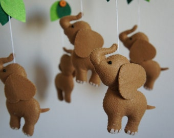 Mobile 5 elephants in felt handmade for baby