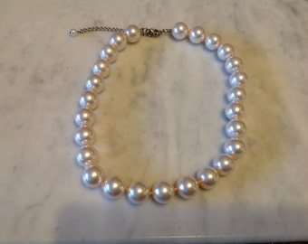 Vintage Large Hint of Pink Faux Pearl Necklace