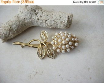 ON SALE Vintage Over Sized Gold Tone Faux Pearls Clear Rhinestones Floral Pin 91416