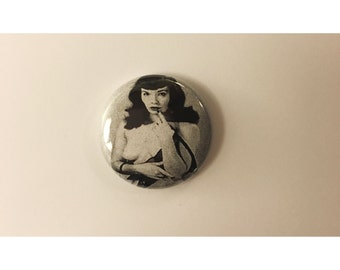 """1"""" Bettie Page pin back button"""