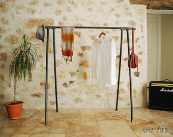 garment rack,Industrial Pipe Clothing Rack,Wall Mounted Rack,clothes pipe shelf,pipe clothes rack,steampunk rack,bookshelve, choose the wide