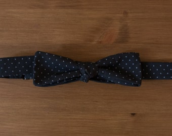 men's bow tie - black polka dot batwing straight