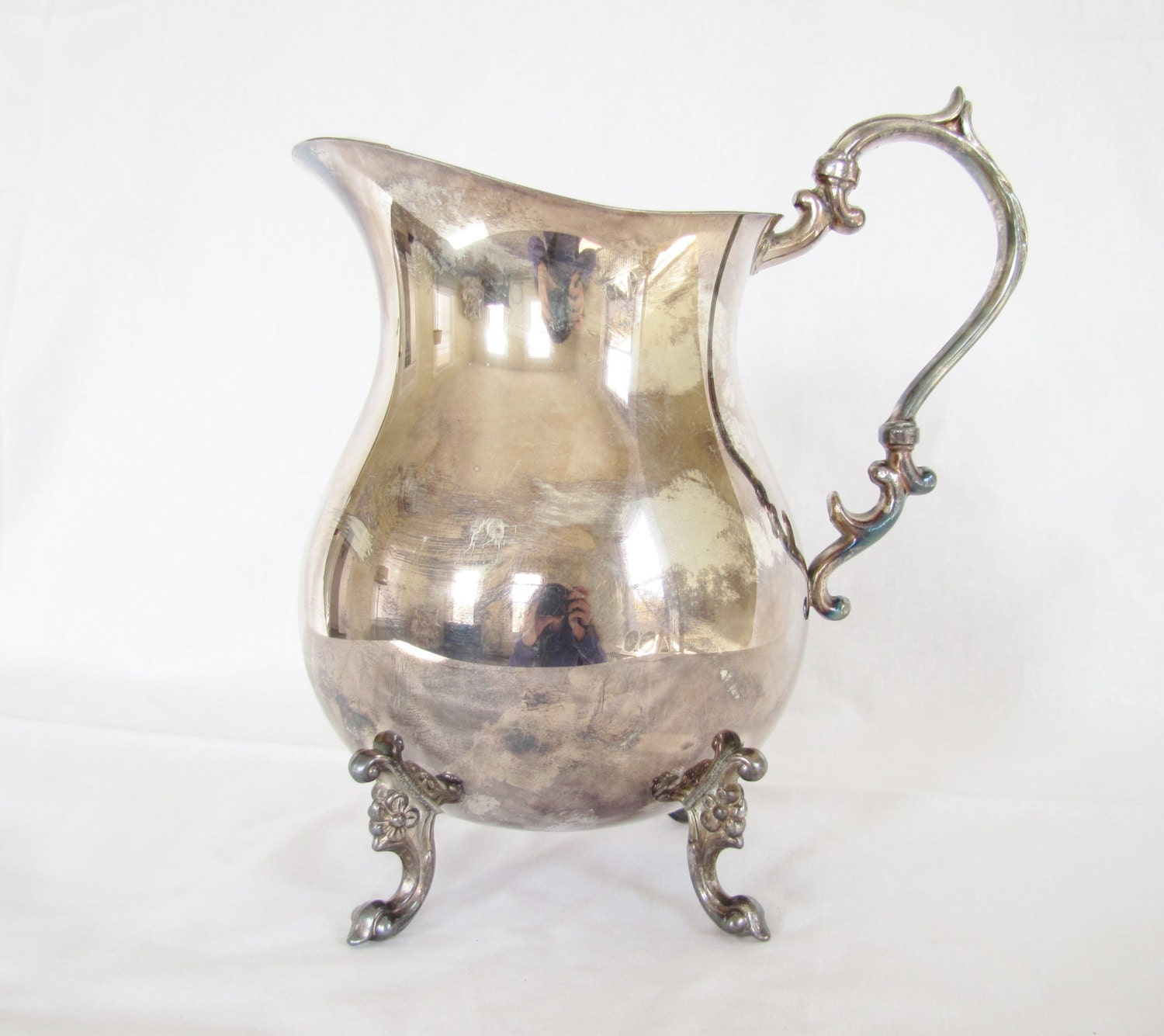 vintage english mfg corp silver plated pitcher with ice lips. Black Bedroom Furniture Sets. Home Design Ideas