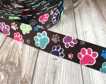 Paw ribbon - Adopt a dog - I rescue animals - Animal rescue - Shelter dogs - I love dogs - DIY dog hair bow - Adoption event - Puppy paws