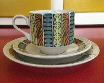 Broadhurst, Kathie Winkle tea set trios. Mardi  Gras, rare, retro.
