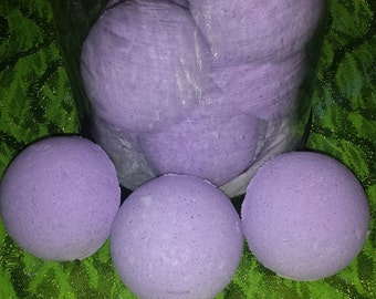 3 oz Strawberry Passion bath bombs