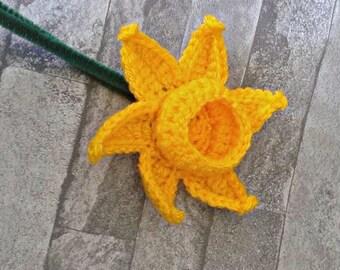 Single Crochet Daffodil, Yellow Flower, Spring Flower Gift for Her, Home Decor, Mothers Day, Handmade Flowers, St David's Day, Wedding
