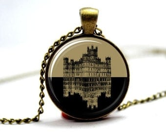 Downton Abbey inspired necklace glass cabochon pendant antique bronze grantham dowager