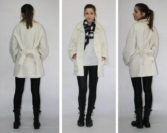 Maxi coat / Wool coat / White coat / Loose wool jacket / Oversize jacket