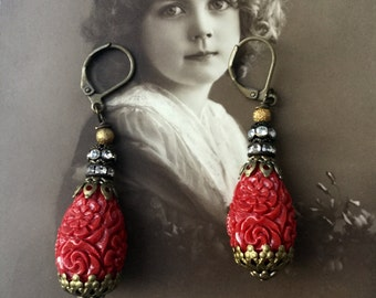 Hot tomato : vintage style assemblage earrings.