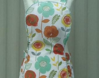 floral apron, retro apron, full apron, kitchen apron, vintage style apron, womens apron