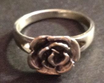 Vintage Sterling silver flower ring size 6 3/4