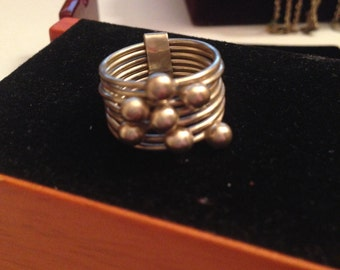 7 band sterling silver stack ring size 6.