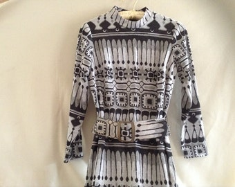 Vintage Geometric Print Metallic Dress