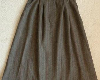 JG Hook Wool Skirt - Size 4