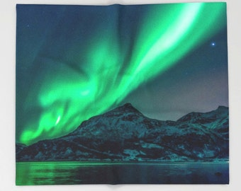 Aurora Borealis Northern Lights, Fleece Throw Blanket, Nature Decor, Home Decor