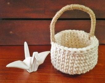 Miniature Round Basket with a Handle, Unique Home Decor, Small Crochet Basket, Cotton & Jute, Storage basket, Gift for Women, Natural colors