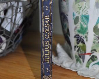 Vintage Book. Julius Caesar by William Shakespeare. Vintage Play circa 1930s. Hardcover.