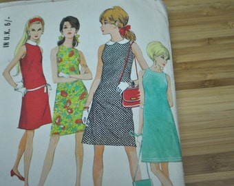 Vintage Shift Dress Pattern. 1967.  McCalls Fleetway 8678.  Single size Pattern Size 16. Discontinued.