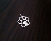 sterling silver Labrador head in a paw with heart pendant 2.5cm