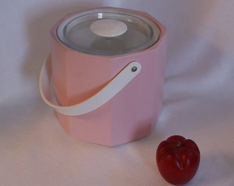 Vintage Ice Bucket, Pink Ice Bucket, Mid Century Bar, Retro Bar, Ice Keeper, Georges Briard USA, Pink Party, Pink Decor