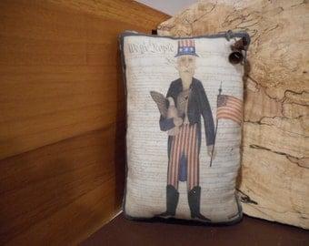 Pillow Tuck: Primitive Rustic Americana Pillow Tuck