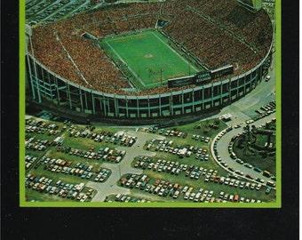 Tampa, Florida - Tampa Stadium - Postcard - 1990's
