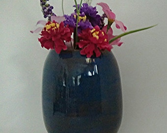 Flower Vase, Blue/Gray Vase made out of Porcelain